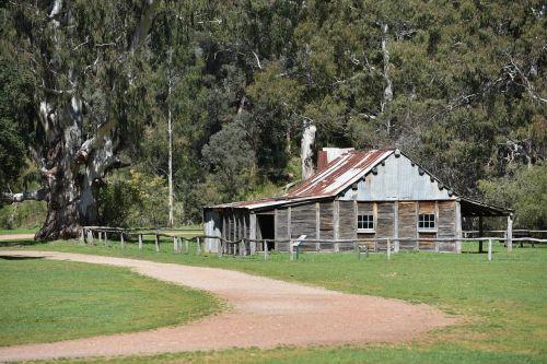 hut cattlemen's hut fry's hut high country