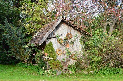 hut idyll autumn