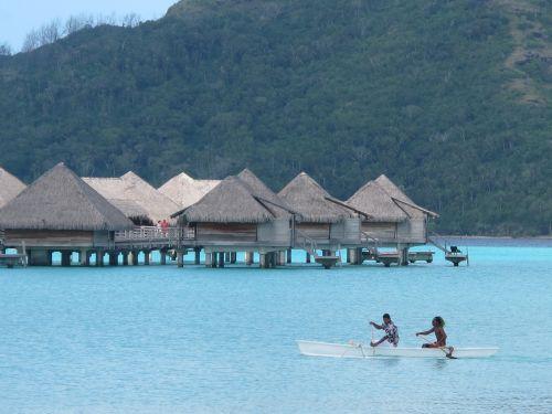 nameliai,papludimys,bora bora,atostogos,turizmas,kelionė,paplūdimio nameliai,pakrantė,šventė