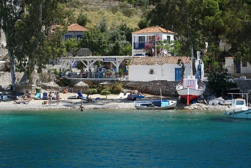 hydra  holidays  island