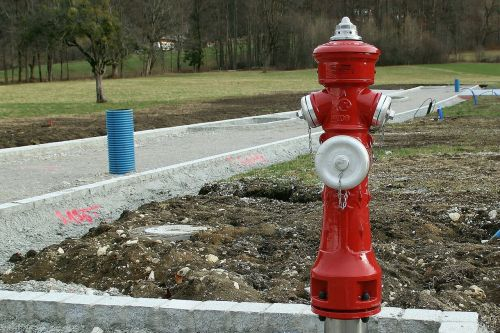 hydrant water metal