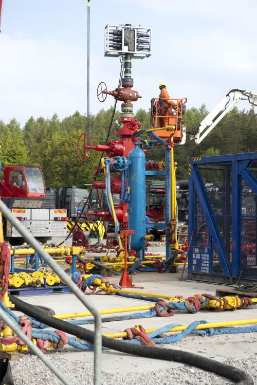 hydraulic fracturing shale gas drilling rig