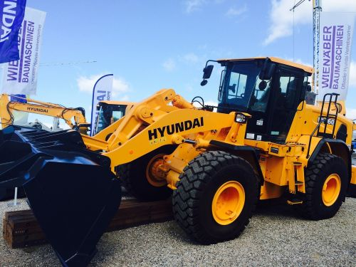 hyundai construction machine wheel loader