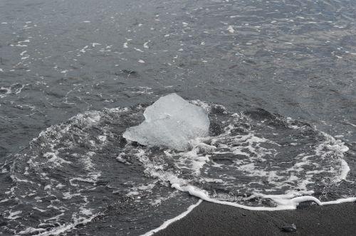 ledas,ledas ant paplūdimio,ledas,ledynas,papludimys,vandenynas,vanduo,jūra