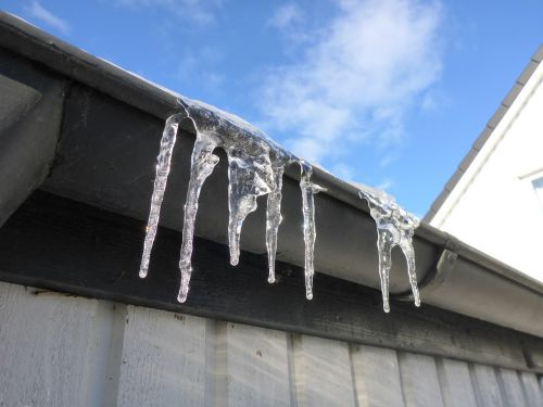 ice icicle winter
