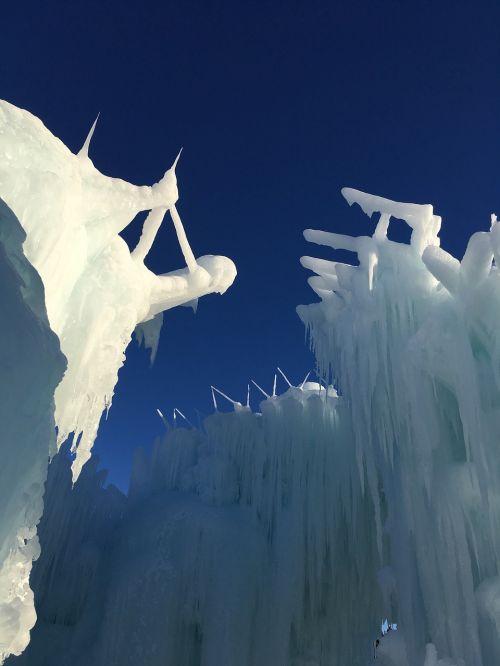 ice castle canada