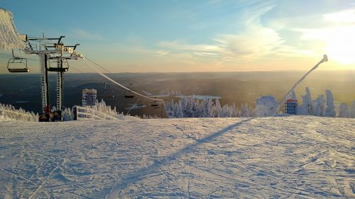 ice ski lift
