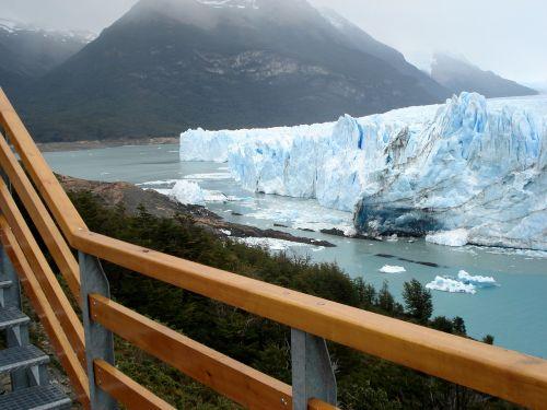 ice glacial lake
