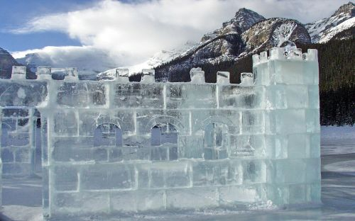 ice castle carving