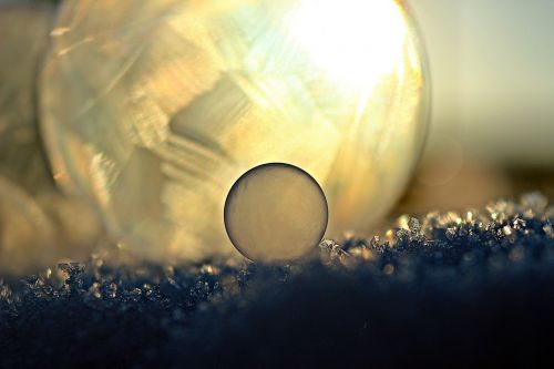 ice-bag soap bubble ball