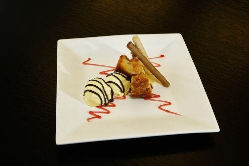 ice cream vanilla ice cream apple pie