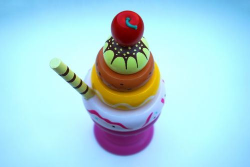 ice cream sundae toy