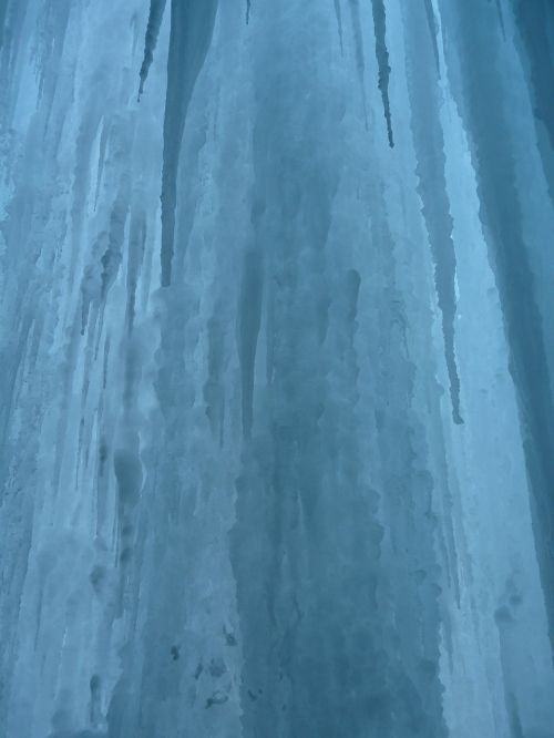 ice curtain icicle shimmer