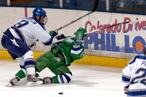ice hockey players contact