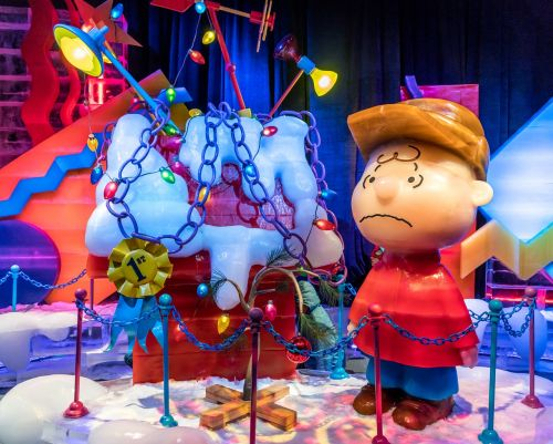 ice sculpture charlie brown christmas cute