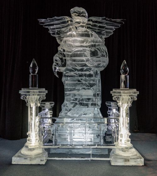 ice sculptures gaylord palms exhibit