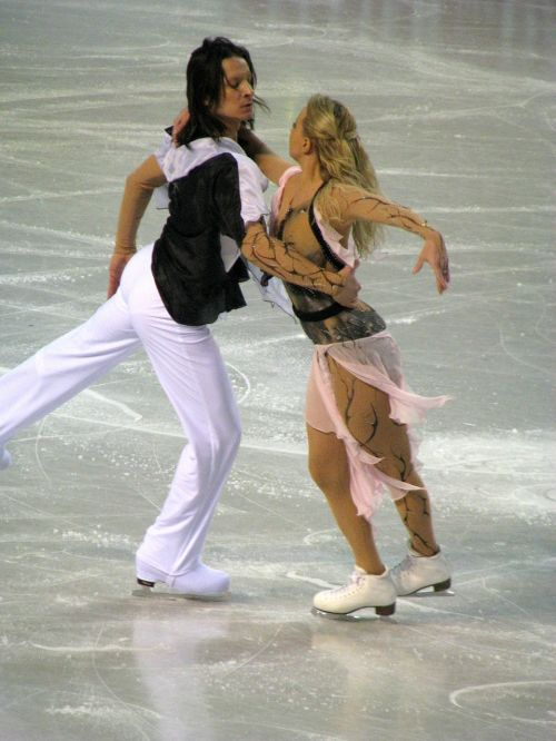 ice skating dancing competition