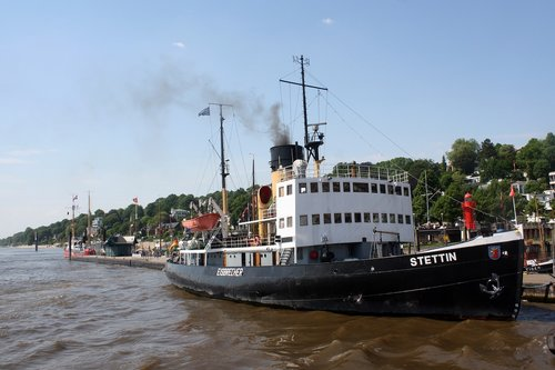icebreaker  stettin  harbour museum