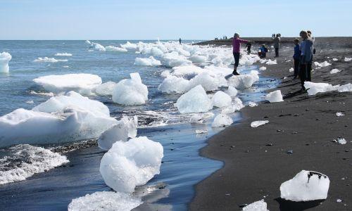 iceland glacier icebergs