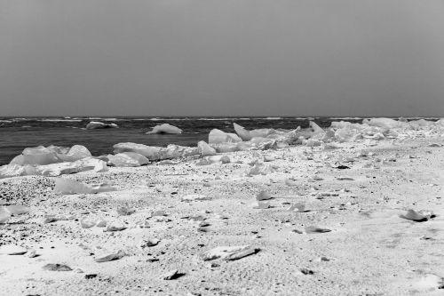 iceland ice chunks