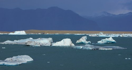 iceland  fjallsarlon  the glacial lagoon