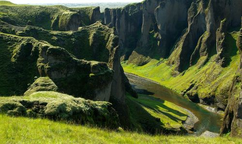 iceland canyon gorges