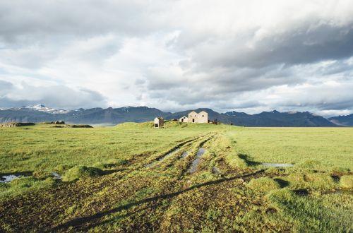 iceland,ūkis,laukas,žolė,Šalis,kalnai,uolos,dangus,debesys,akmenys