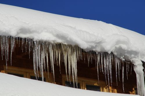 icicle tap snowy
