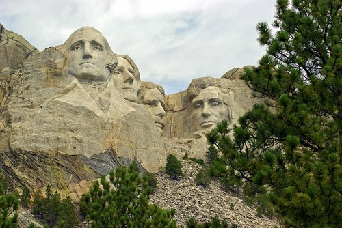 iconic faces on rushmore  rushmore  lincoln