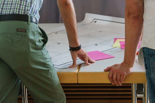 idea brainstorming teamwork