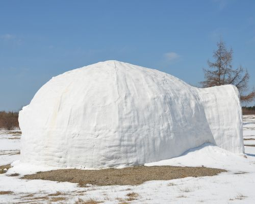 igloo snow house