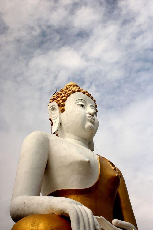 พระ buddha statue พ