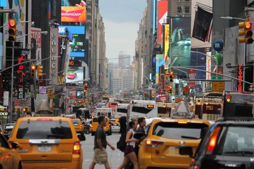 in new york city mass crowded