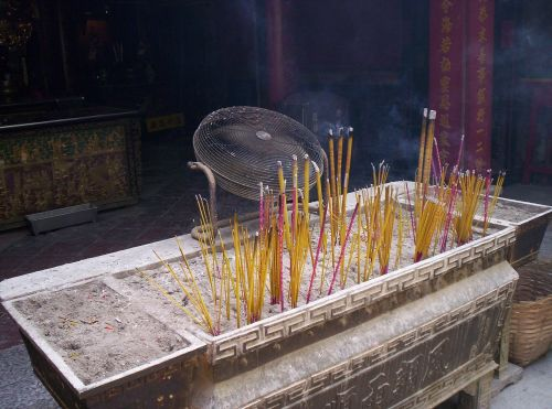 incense burning macau