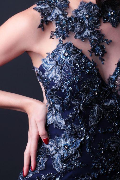 income body lace