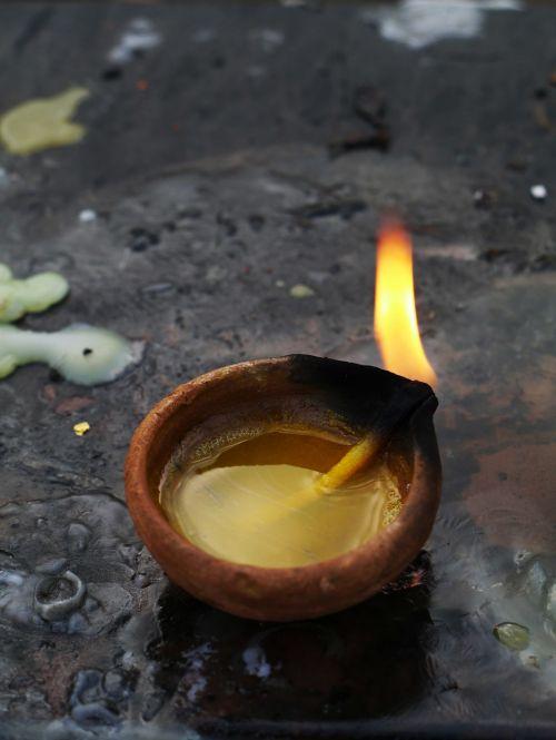 Indija,pasiūlymas,žvakė