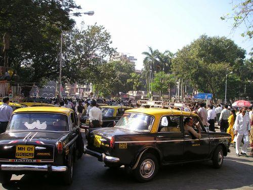 Indija,Mumbajus,bombėjaus,taksi,kelias,chaosas