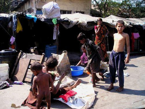 Indija,Mumbajus,bombėjaus,gyventi,skurdas,lūšna