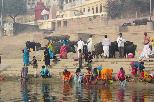india  banner system  the ganges river