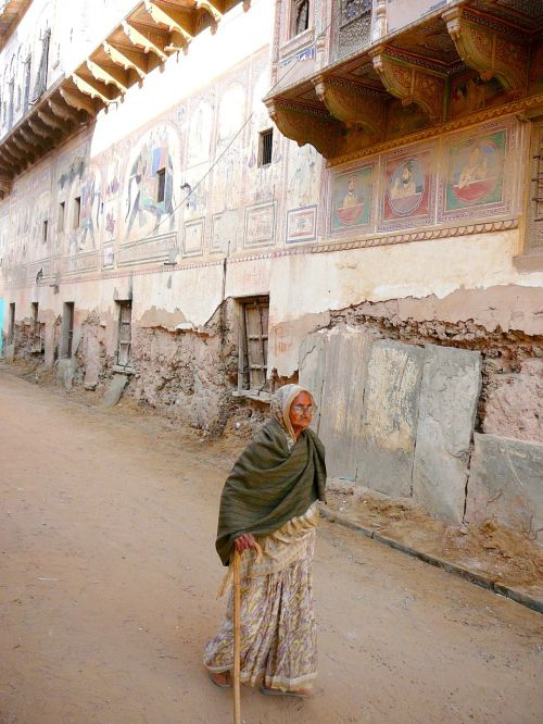 india old house old woman
