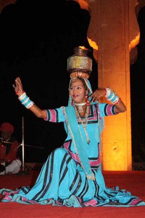 Indija,šokis,tradicija,šokėja