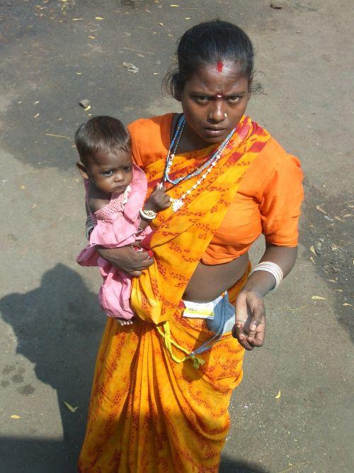 indian poverty beggar