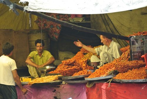 indian market kashmir food