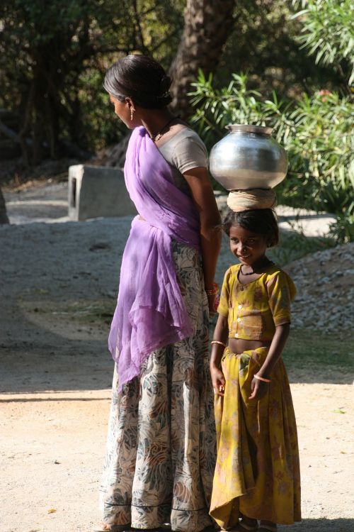 indian woman woman child