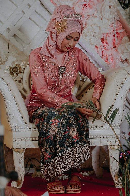 indonesian  girl  ethnic
