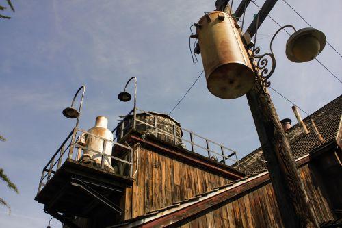 industrial facilities sky
