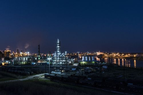 industrial refinery petroleum