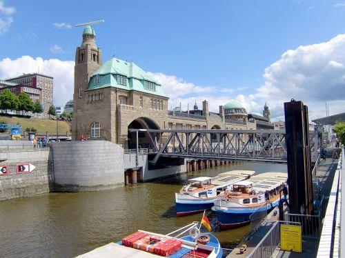 inland port waterway ships