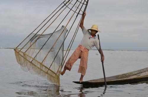 inle lake myanmar fischer
