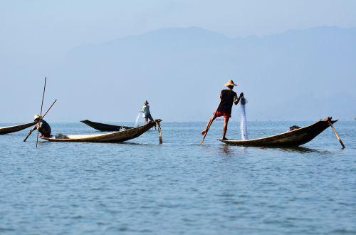 inlelake inle lake single-leg-rowers